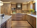 How to Choose Wood Kitchen Cabinets